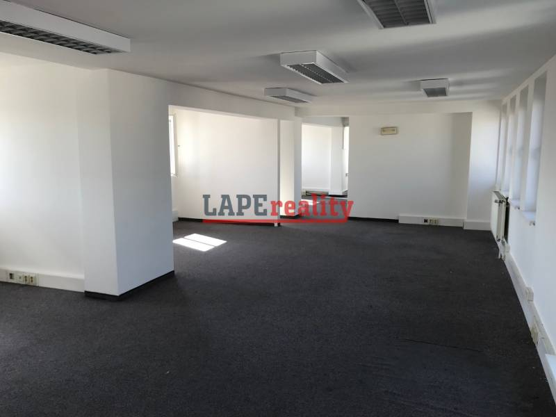 Offices for rent in centre of Bratislava - SNP square